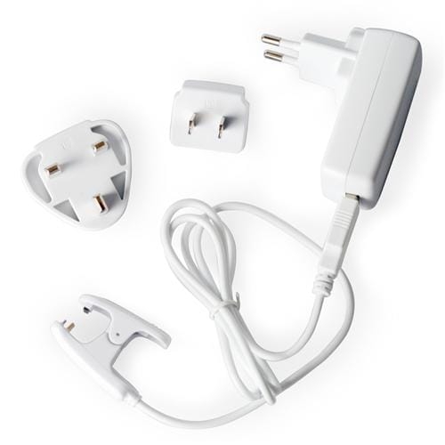 Tractive Travel Adapters TRACH1